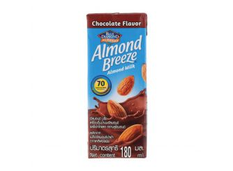 Blue Diamond Almond Breeze Chocolate Almond Milk1
